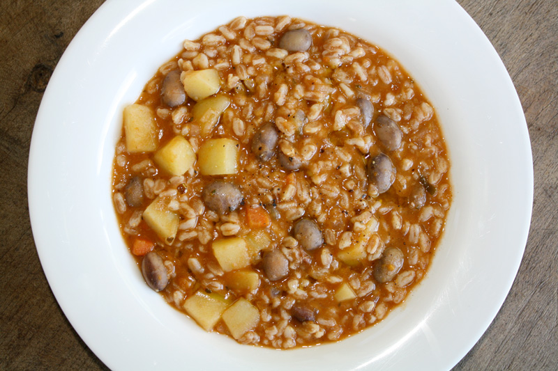 Tuscan-Farro-and-Bean-Soup
