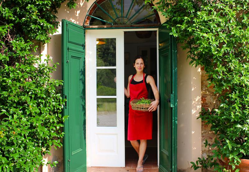 deborah-dal-fovo-tuscan-kitchen-door